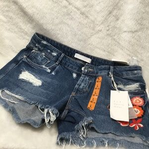 Zara Embroidered jean shorts